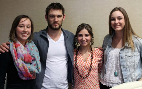 Paw Print reporters Joy Custer (11), Grace Donnelly (11), and Reagan Blackwell (12) meet Alex Pettyfer.