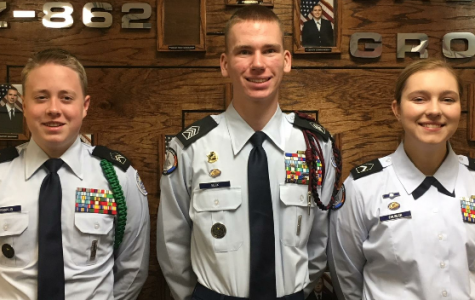 AFJROTC Students Win Scholarships