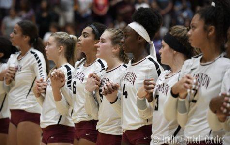 Girls Volleyball Team Defeats Queen Creek
